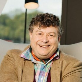 <br /> <strong> Rory Sutherland, </strong><br /> Executive Creative Director, <br /> <strong> OgilvyOne<br /></strong>UK